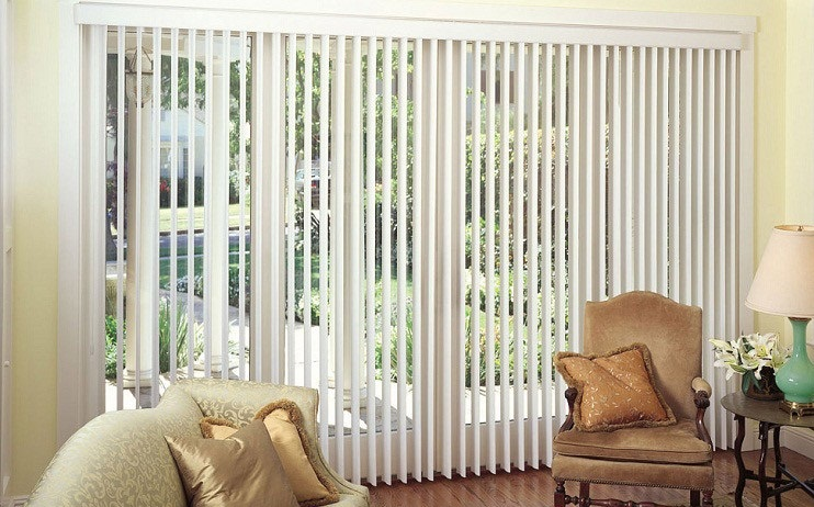 Rèm cửa lá dọc luôn là sản phẩm ưa thích ở các căn hộ