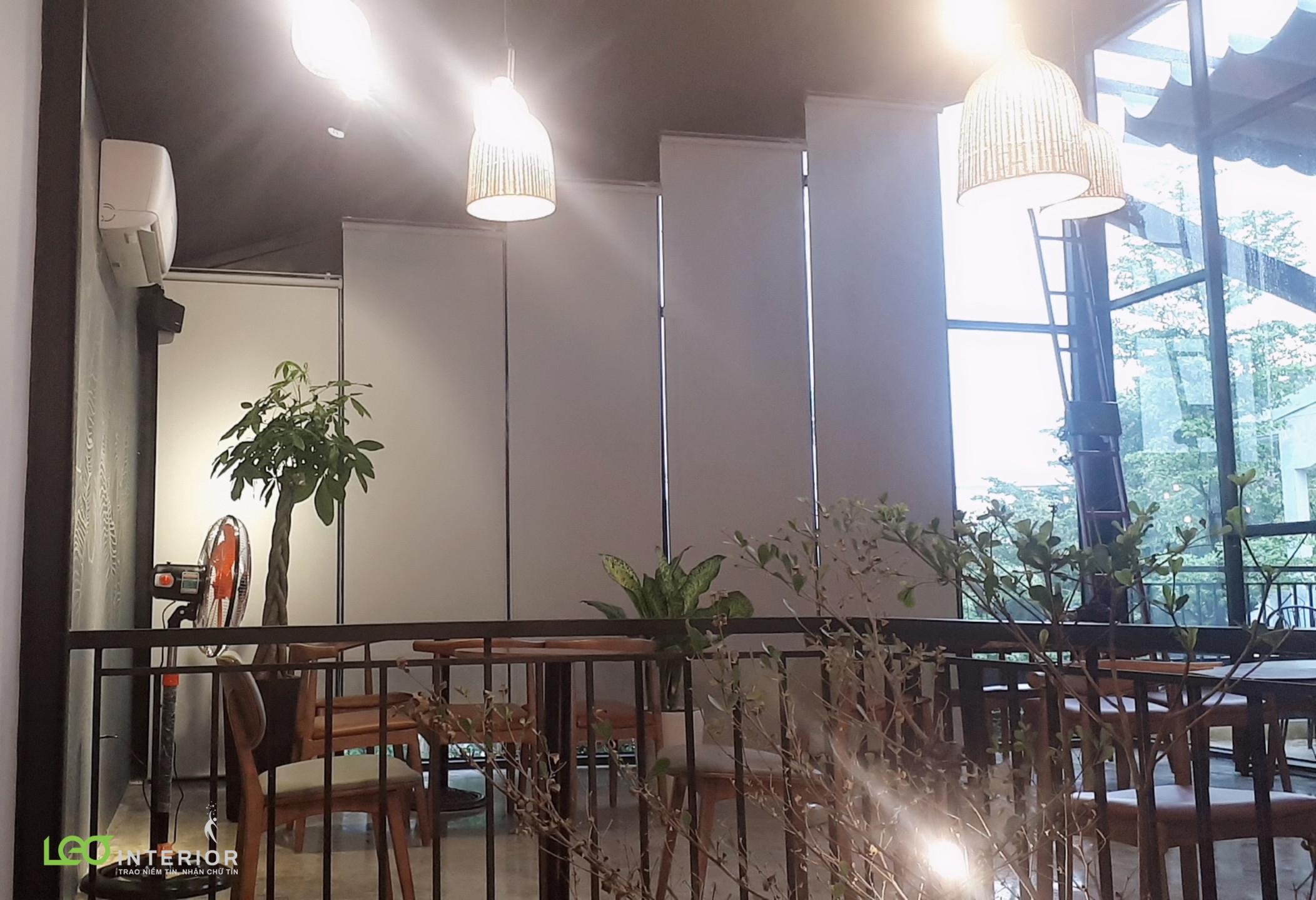 Thi công rèm cuốn tại quán cafe Amee